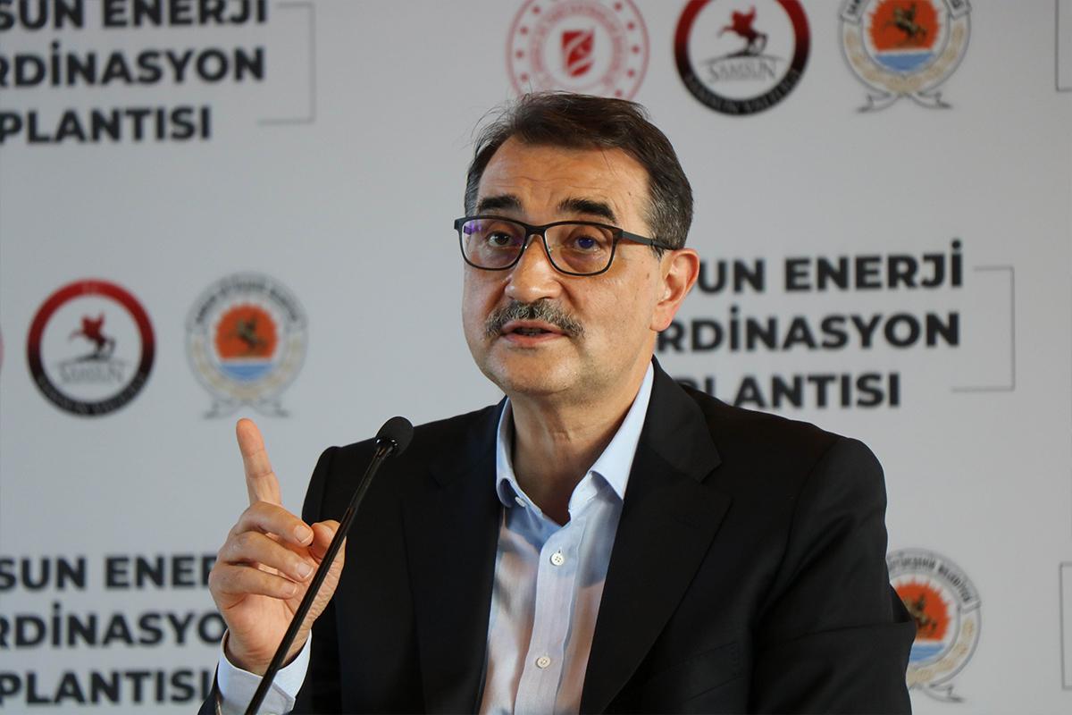 Bakan Dönmez: 'Karadeniz sahil kentlerinde karada da sismik aratmaları başlatıyoruz'
