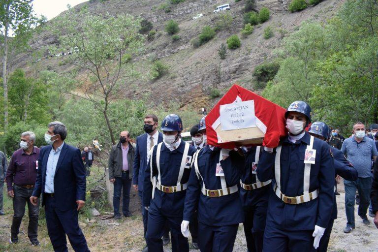 Gümüşhane de vefat eden Kıbrıs gazisi son yolculuğuna uğurlandı
