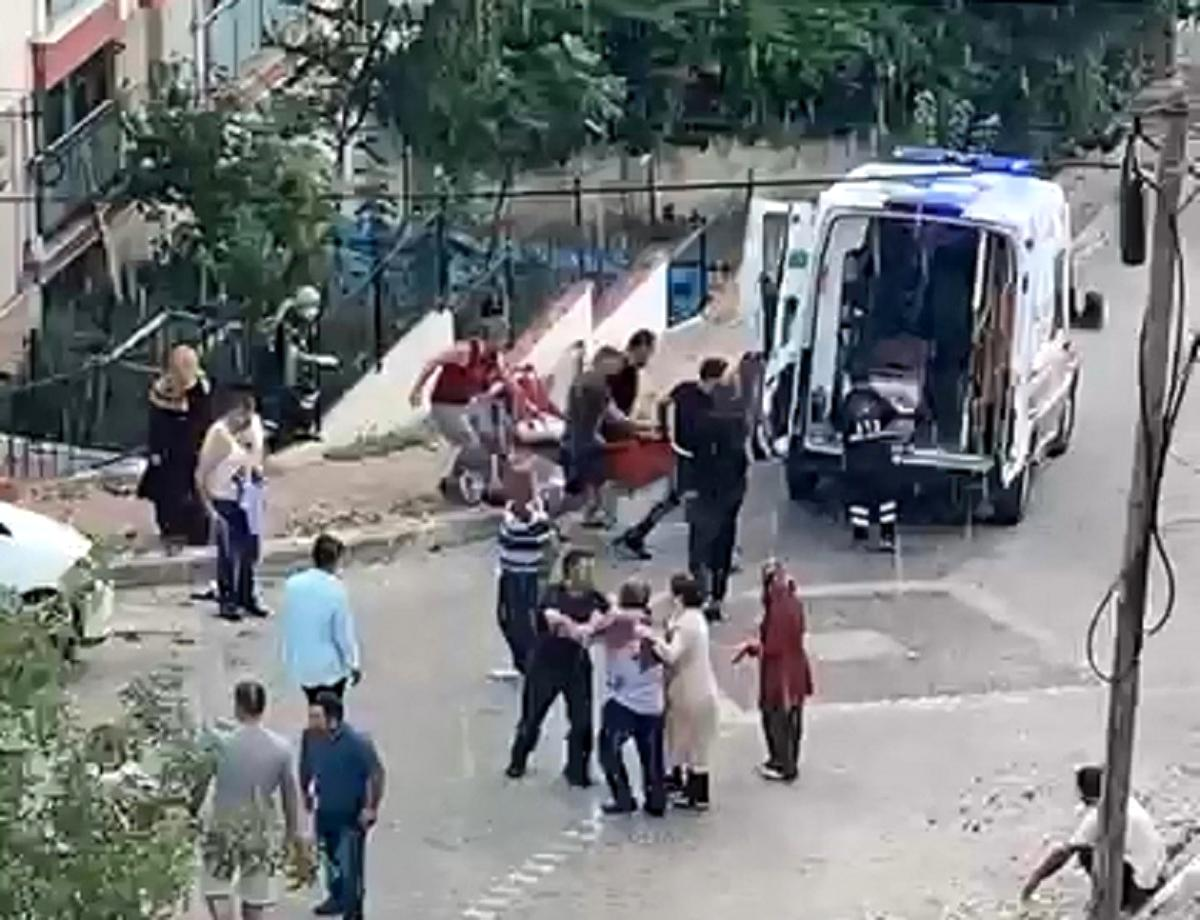 1 kişinin öldüğü, 4 kişinin yaralandığı bıçaklı saldırının görüntüleri ortaya çıktı