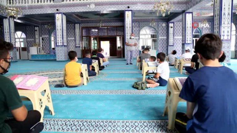Yaz Kur an kursları başlamasıyla camilerden çocuk sesleri yükselmeye başladı